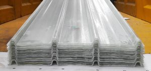 Atap penerang fiberglass tipe F714 Warna transparent