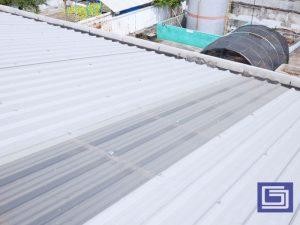 Lebih hemat biaya listrik dengan memakai atap penerang fiberglass