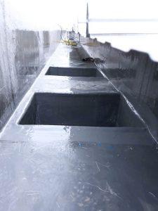 Box kontrol dan corong untuk menyalurkan air hujan ke drainase