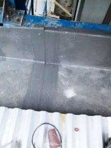 Penyambungan talang dengan bahan fiberglass sehingga melekat menjadi satu