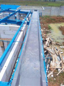 Talang fiberglass terpasang di proyek Mayora Indah