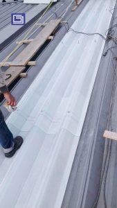 Atap Fibre Deluxe warna cool sehingga tidak terlalu panas untuk karyawan pekerja didalam pabrik atau gudang.