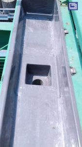 Terpasang box kontrol dan corong fiberglass sehingga air hujan bisa di salurkan ke drainase via pipa pvc yang tersambung ke corong fiber.