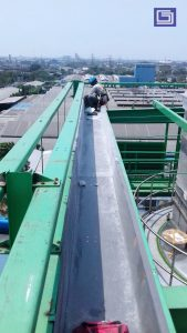 Pemasangan talang fiberglass bergaransi 10 tahun tidak rusak atau bocor