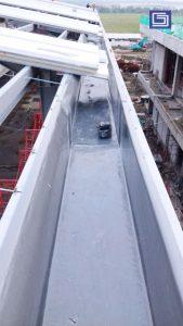 Talang fiberglass standard tebal 3mm dan panjang 4 - 6 meter.