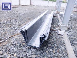 Talang air hujan fiberglass ringan, kokoh, tidak berkarat sangat cocok untuk di pabrik atau gudang