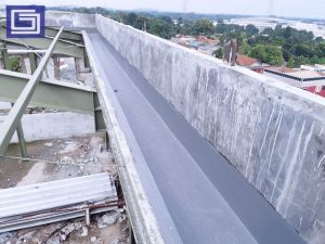 Hasil setelah lining fiberglass daerah dak beton sehingga mampu mencegah kebocoran dari air hujan.