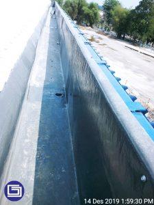 Photo talang hujan fiberglass terpasang di PT. Charoen Pokphand Indonesia Lampung.
