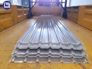 Atap penerang fiberglass tipe cladding 750. Bergaransi 10 tahun tidak bocor.