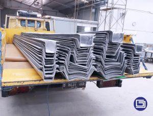 Pengiriman talang fiberglass custom untuk proyek Stasiun KIA Garut.